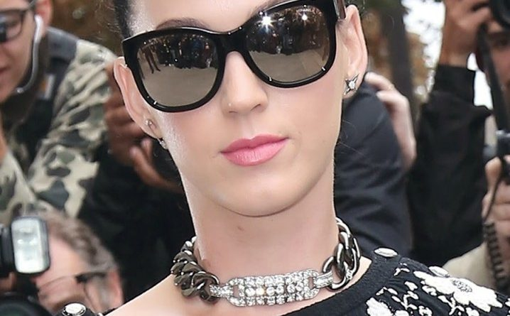 Katy Perry with fendi sunglasses