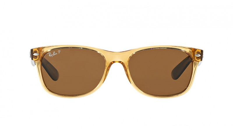 Ray-Ban Stylish Sunglasses For Chic Person